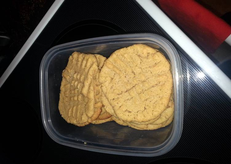 super simple peanut butter cookies