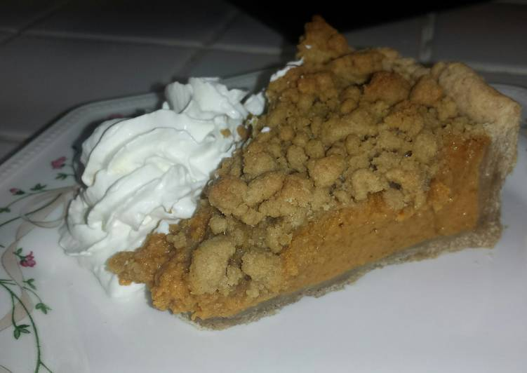 Step-by-Step Guide to Make Award-winning Pumpkin Pie with Maple Crumb Topping