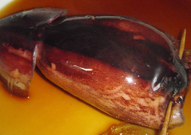 Whole Stewed Squid With Instructions for Preparation