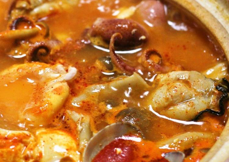 Steps to Prepare Quick Sundubu Jjigae (Korean Soft Tofu Stew)