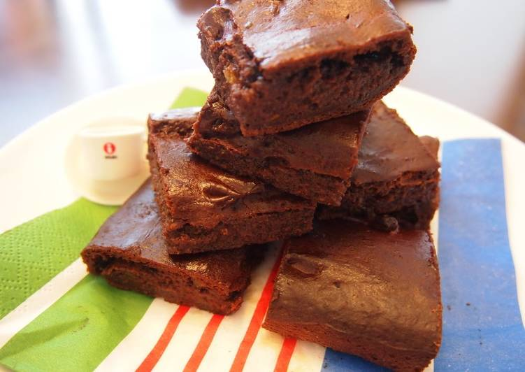 Recipe: Appetizing Ultra-Rich Tofu Brownies with 1/3 the Calories!