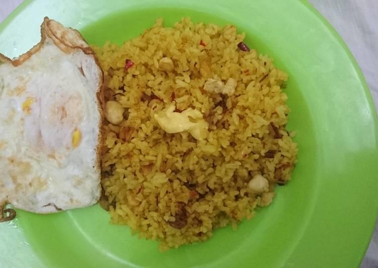 Resep Nasi Goreng Kunyit Favorit