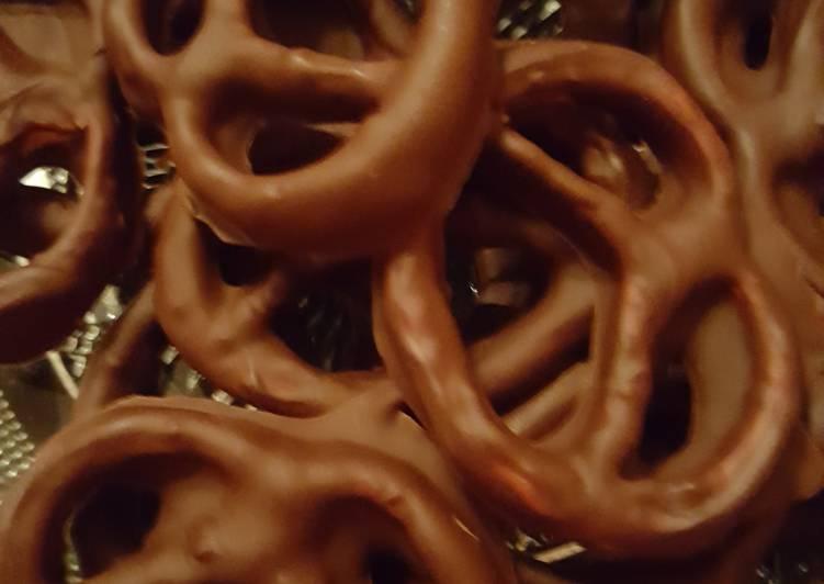 Bretzels aux 2 chocolats