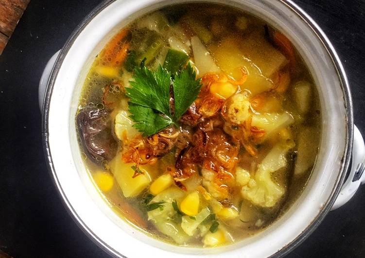 Resep Sup Sayur Warna Warni yang Bikin Ngiler