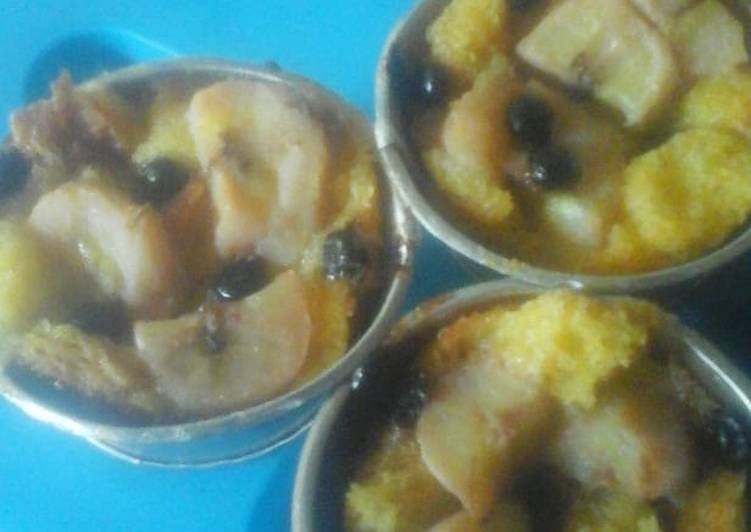 Banana Bread Pudding Cup Cake