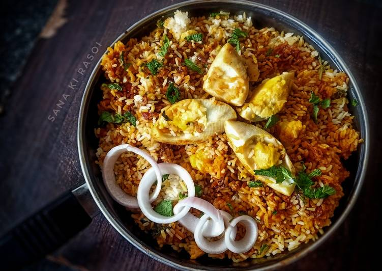 5 Minute Simple Way to Make Spring Anda Biryani New style