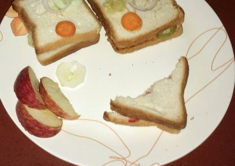 Simple Way to Make Homemade Vegetable Bread Sandwich (Breakfast Special) #foodclassics26