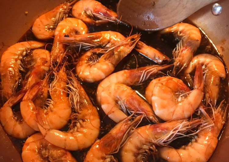 Grandma Nelia's Weeknight Shrimp