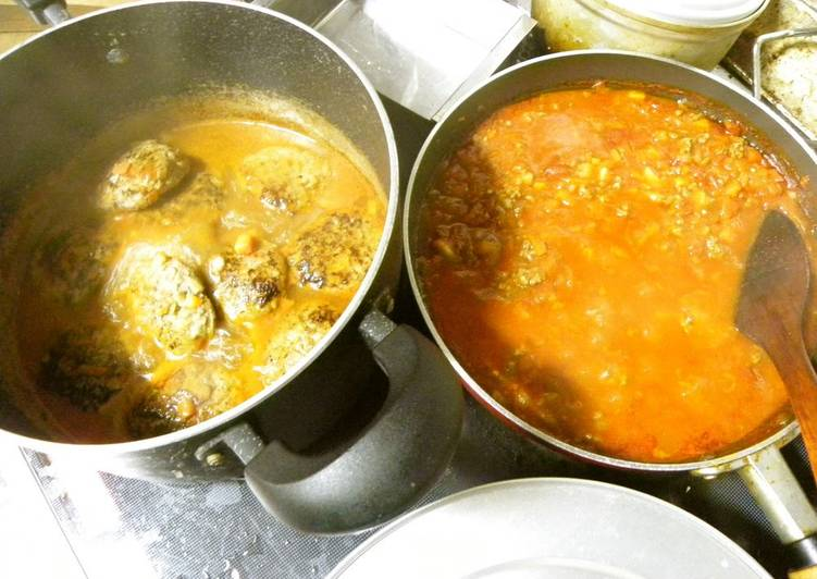 Meat Sauce and Hamburgers (Cooked Simultaneously!)