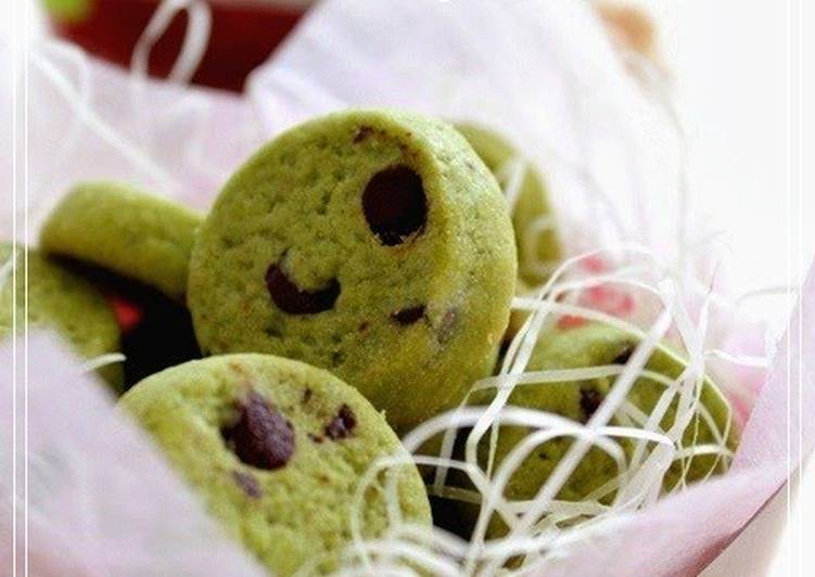 Recipe of Favorite Matcha Milk Chocolate Chip Cookies