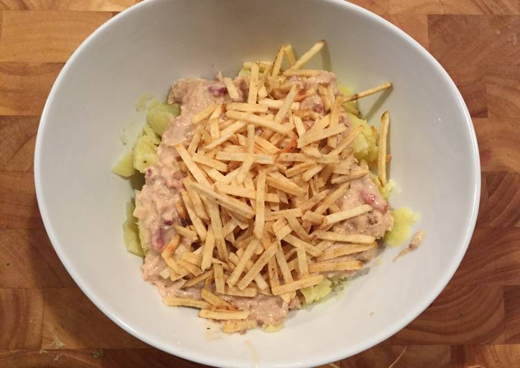 Potatoes With Chicken & Bacon Cream
