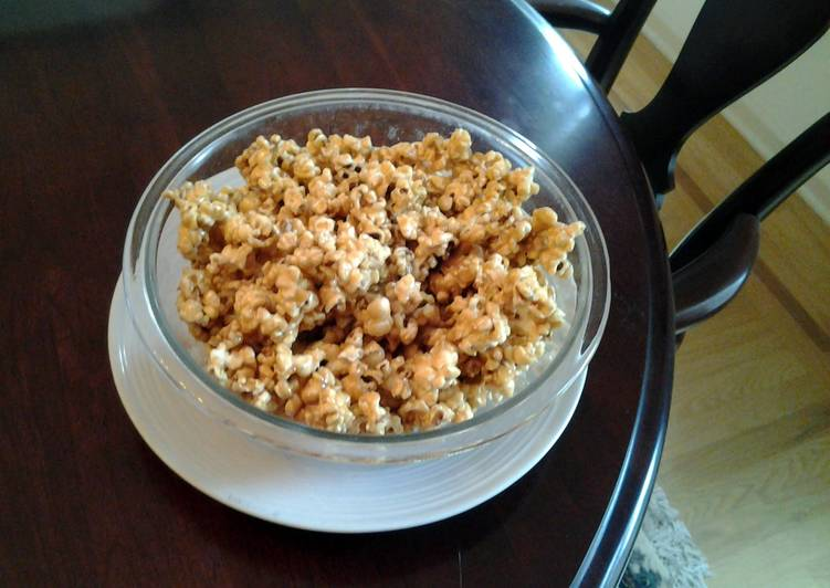 Easiest Way to Prepare Any-night-of-the-week Crispy Toffee Caramel Popcorn