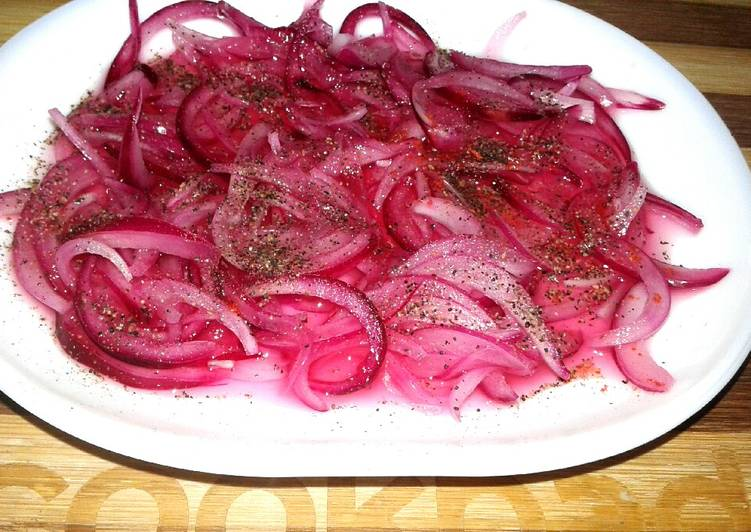 Steps to Make Award-winning Pickled onions with black pepper