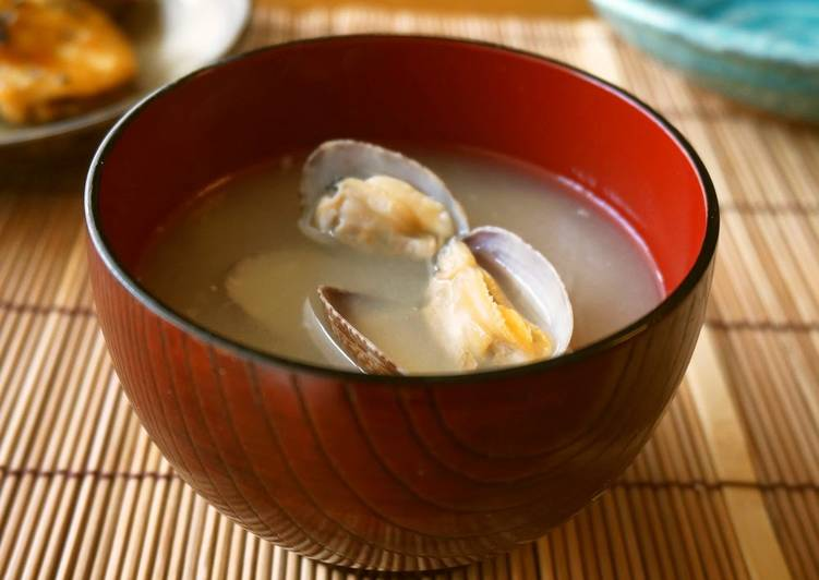 Step-by-Step Guide to Prepare Speedy Delicious Manila Clam Miso Soup