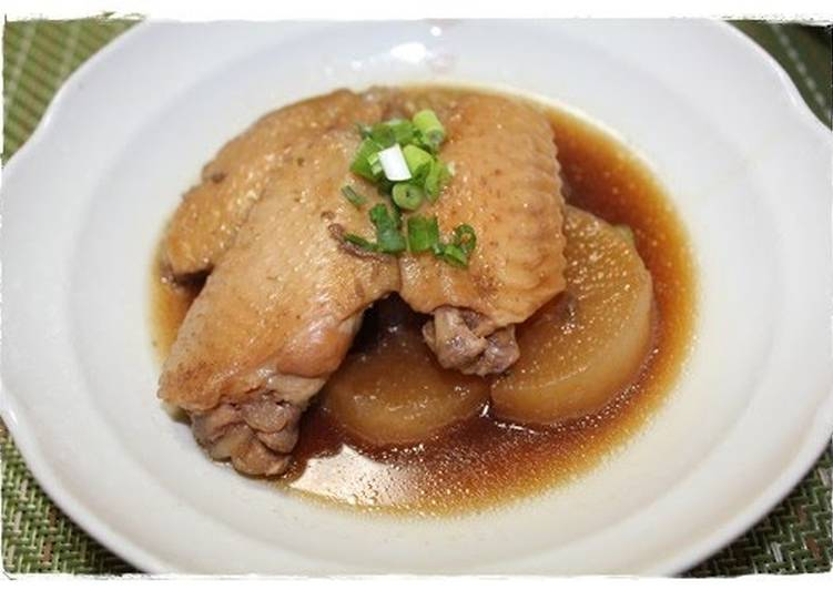 10 Minute Meal in a Pressure Cooker: Simmered Chicken Wing & Daikon Radish