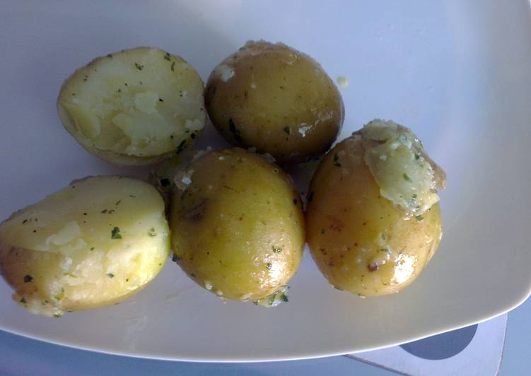 Baby new potatoes in herb butter