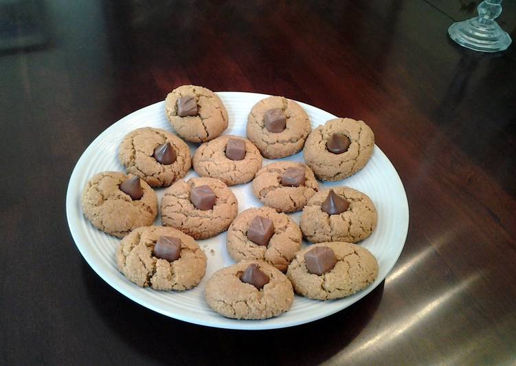 Peanut Butter Middle Cookies