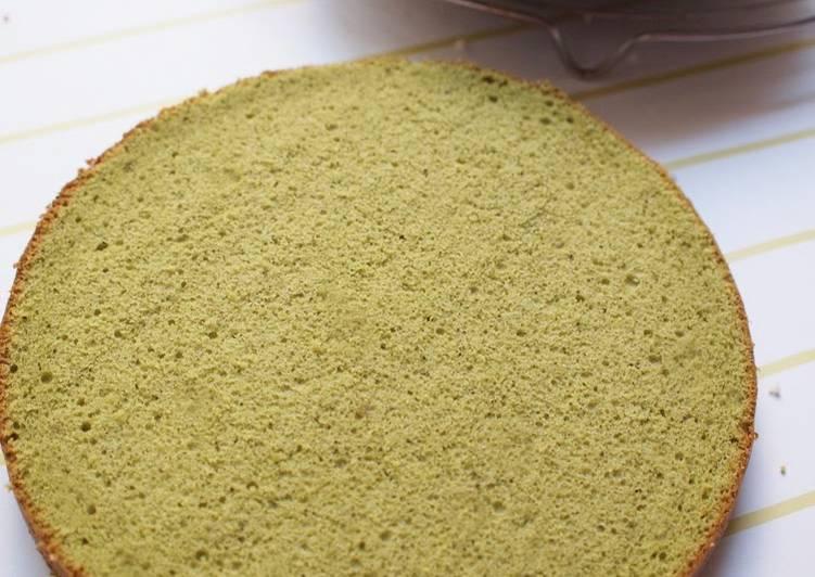 Light and Moist Matcha Sponge Cake