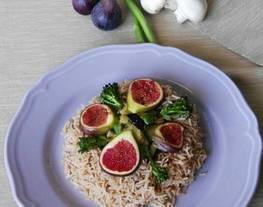 Arroz basmati especiado con higos y verduras