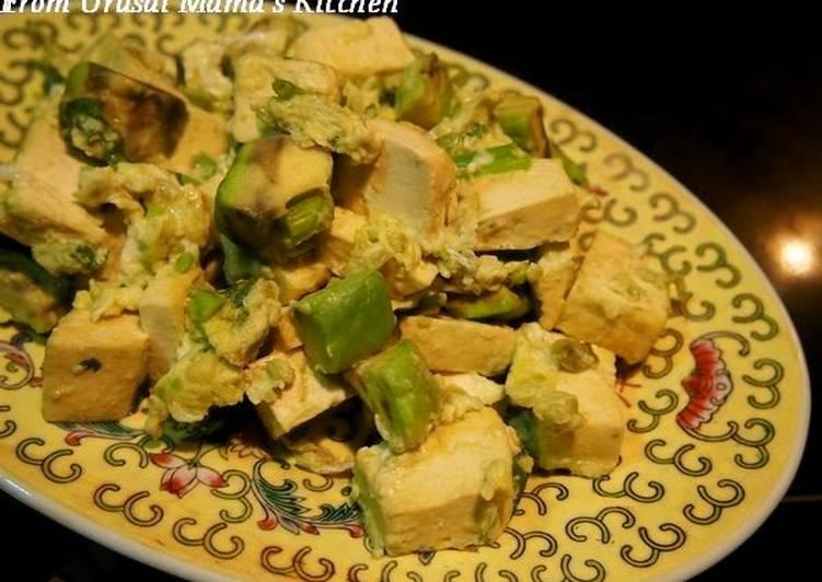 Steps to Prepare Avocado & Firm Tofu with Egg Yummy