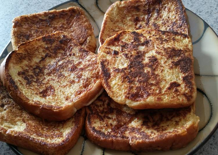 How to Prepare Mom's French Toast