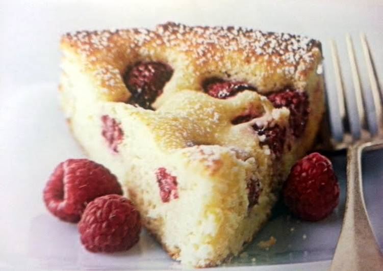 Raspberry-Cream Cheese Coffee Cake
