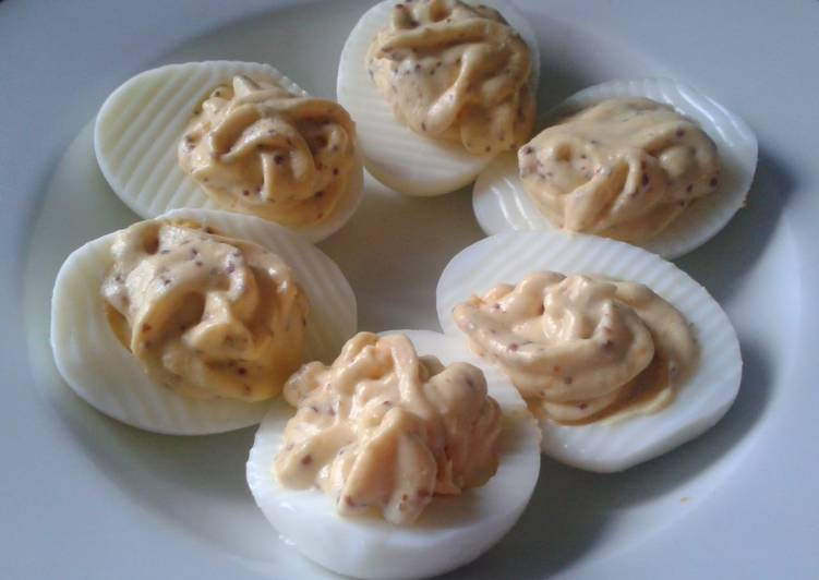 'Devil's-in-the-Detail' Eggs (LCHF)
