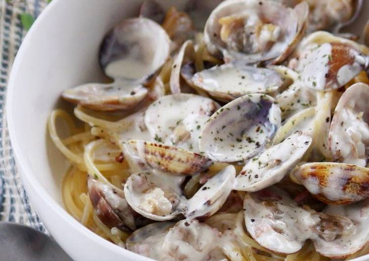 Recipe of Ultimate Creamy Pasta With Lots of Clams
