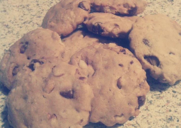 Chocolate chip nut cookies