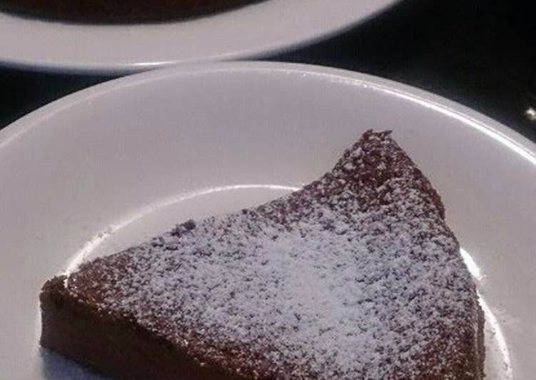 Recipe: Perfect Rich and Chewy Gateau Chocolat Made with Silken Tofu