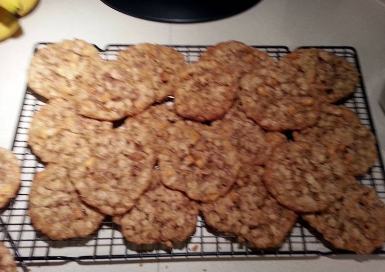 Step-by-Step Guide to Make Favorite Best Oatmeal  Cookies Ever