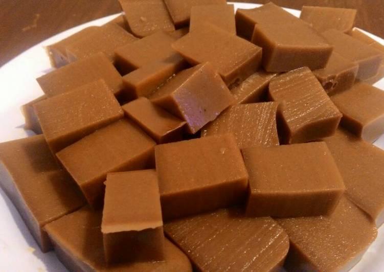 Resep Agar agar coklat santan 😂 oleh Kiekie_Fahzira10 - Cookpad