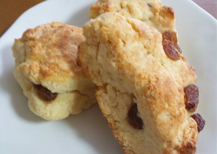[Egg- and Gluten-Free] Scones