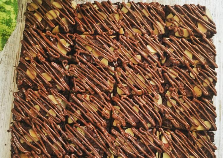 NUTELLA PEANUT BROWNIES #syedmunawwar