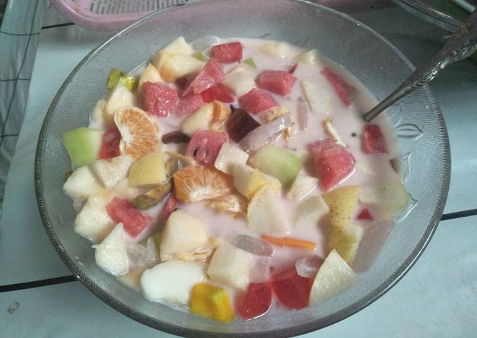 Es campur/ sop buah