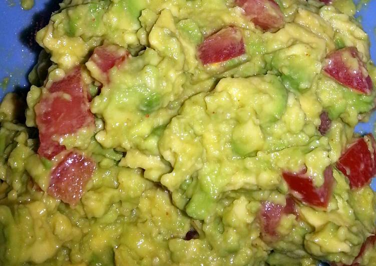 Simple Way to Prepare Favorite Guacamole