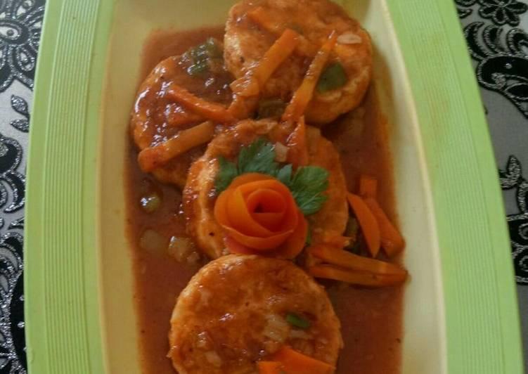 Telor panggang siram wortel saus tomat