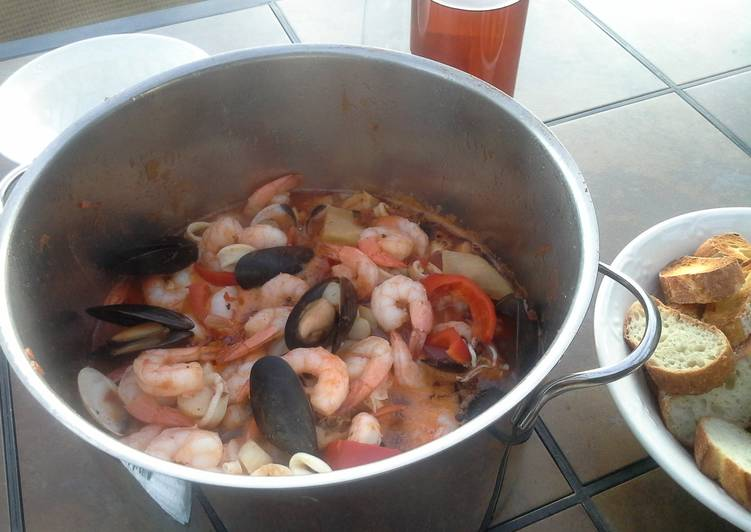 Recipe of Top-Rated Easy Cioppino