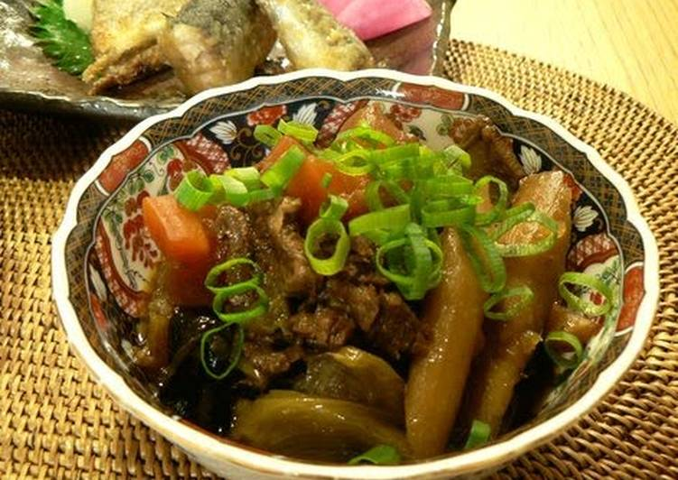 Made in a Pressure Cooker: Sweet and Salty Beef Tendon and Root Vegetable Stew with Soy Sauce Flavor