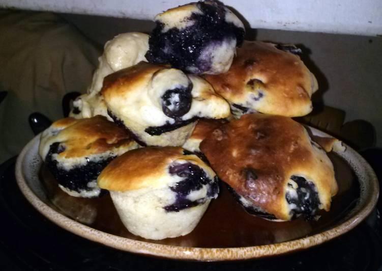 Lemon Yogurt Blueberry Muffins