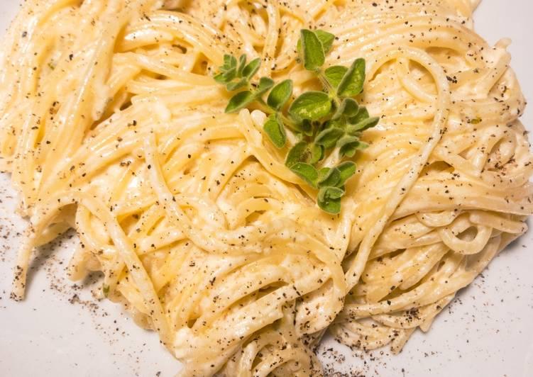 Cremige Käsesoße Alfredo - für alle Käsefans