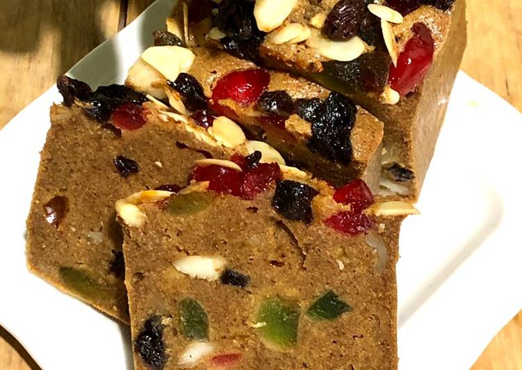 Classic English Fruit Cake
