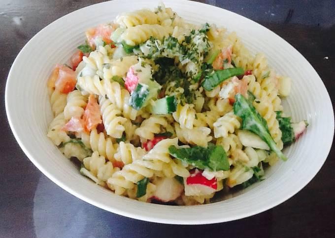 Tasty Salmon Greek Pasta Salad