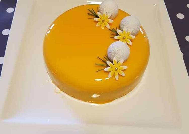 Entremet abricot romarin /pistache