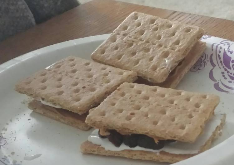Cracker Snackers