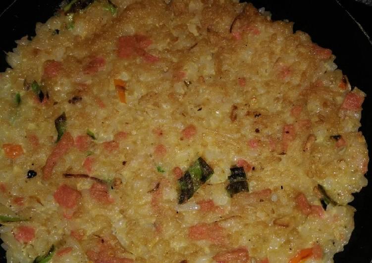 Resep Omelet nasi sosis Yang Populer Bikin Ngiler