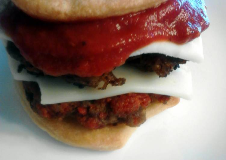 Recipe: Delicious Ultimate Pepperoni Pineapple Pizza Burgers