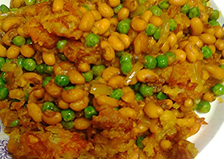 Potatoes,  peas, and blackeye peas
