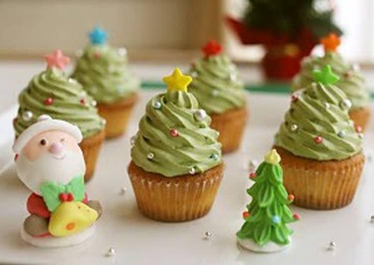 Steps to Prepare Quick Easy! Christmas Tree Cupcakes