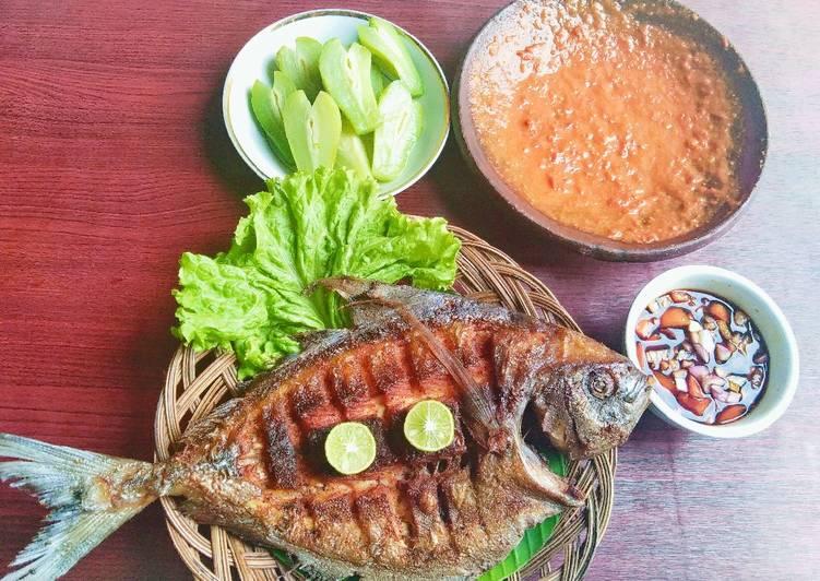 Ikan bawal goreng gurih🐟